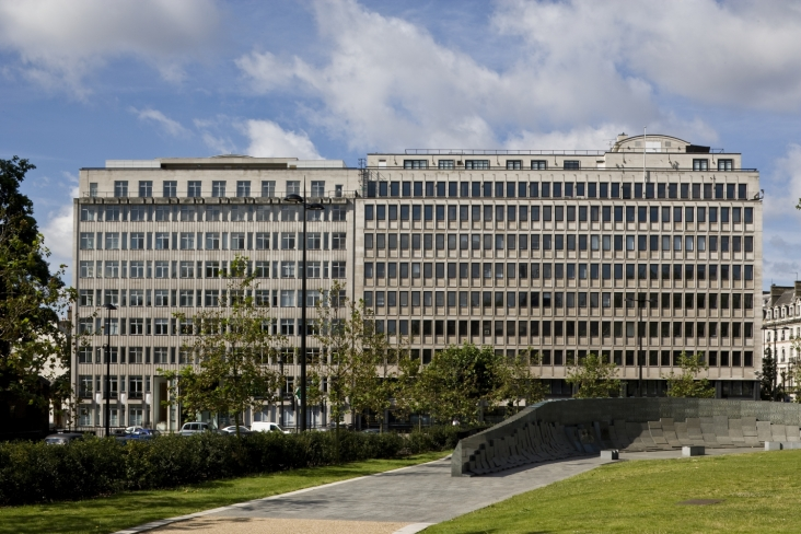 Slaughter & May Act on Sale of Derwent's Grosvenor Place to Peninsula Hotels 2