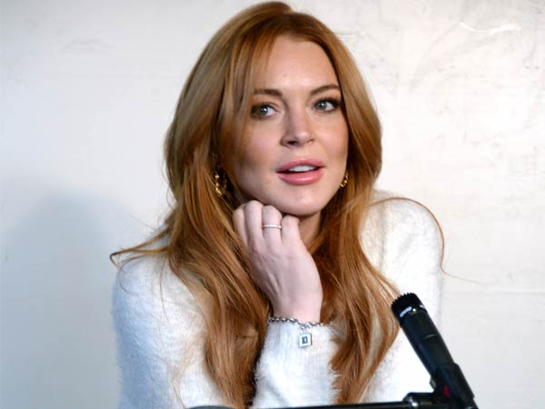 Lohan Defamed by Fox News, Lawyer Claims 2