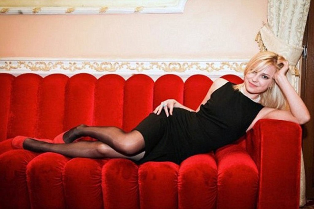 Crimea's Glamorous New Attorney General Goes Viral 2