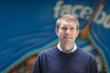 Facebook's Top Lawyer Leaves 2