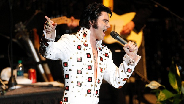 A Hunk A Hunk of Love - Elvis Lawyer's Big Day 14