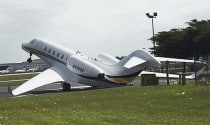 Oops! Judge Judy's Plane Takes a Topple 2