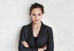Natural beauty portrait of young business woman