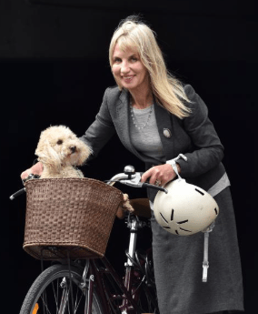 The Nervous Day in Court For Bike-Riding Former Hippy Barrister 1