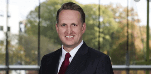 Profile Bankruptcy Partner Joins Weil from Akin Gump 1