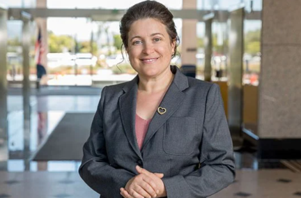 Refugee Lawyer-Turned-Silicon Valley Law Managing Partner Featured in Law Career Feature 3
