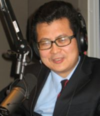 An activist lawyer with close ties to a jailed Chinese dissident is missing, a rights group said Friday. 2