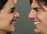Katie Holmes has been tough-lawyer shopping for her divorce from actor Tom Cruise, who himself has a legal team headed by Hollywood attorney Bert Fields, 81. Holmes has gone to New York's Allan Mayefsky, a tough-as divorce lawyer who handled Christie Brinkley's divorce from Billy Joel, as well as New Jersey lawyer Jonathan Wolfe who has a similar, successful career acting on high profile divorce cases. 2