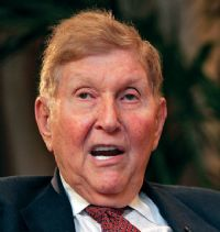 The battle between media magnate Sumner Redstone and his daughter Shari has already grabbed headlines. Now the irascible 80-year-old Viacom founder, who has battled employees as well as family members, looks like he might be headed for a marital split as well. And . . wait! . . maybe a split with Steven Spielberg. 2