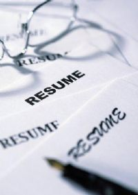 In the age of e-resumes and data systems that store millions upon millions of historical documents, recruiters and employers now have the ability to look at resumes with a more inquisitive manner. 2